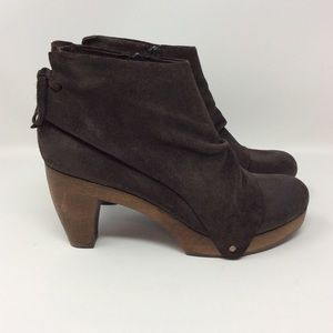 Anthropologie Coclico Ndakinna Suede Booties